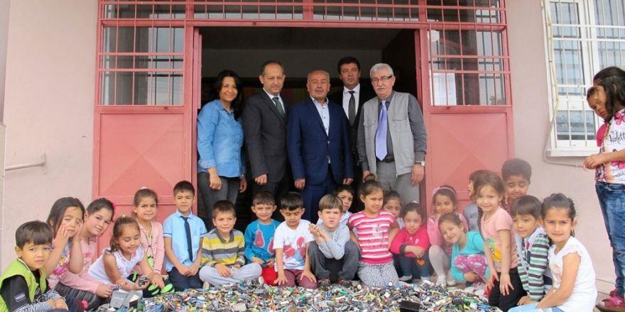 Erzin'de 434 kilo atık pil toplandı