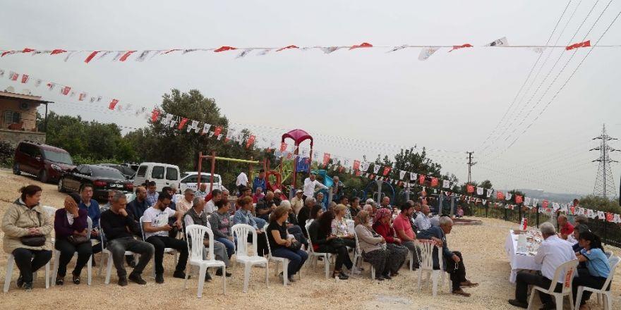 Başkan Tarhan, halk gününde Bozön sakinleriyle buluştu