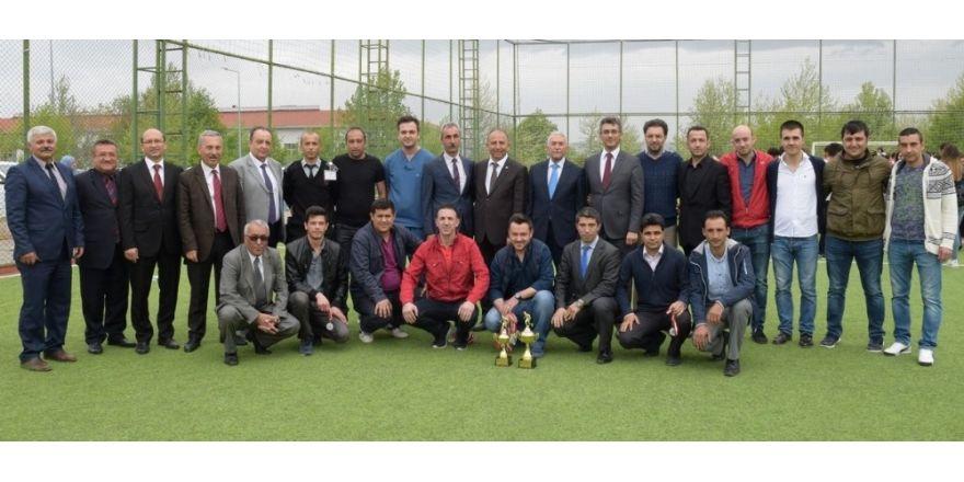 ESOGÜ Bahar Etkinlikleri Spor Müsabakaları'nda ödüller sahiplerini buldu