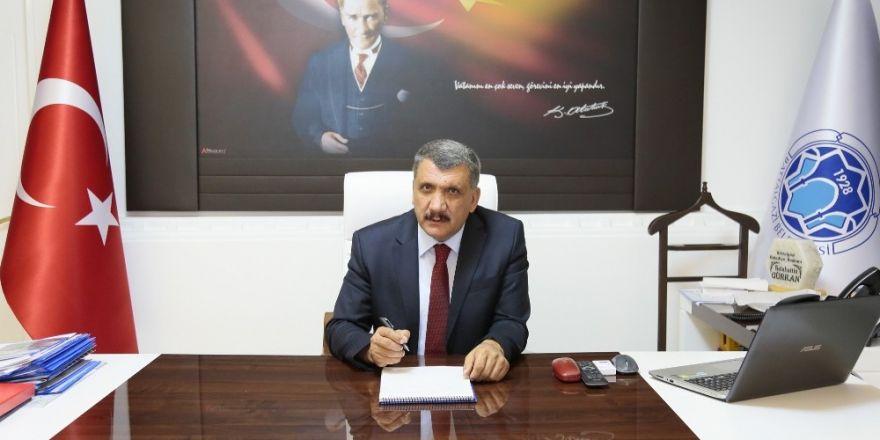 Belediye Başkanı Gürkan'ın Berat Kandili mesajı