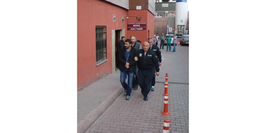 Kayseri'de Bylock'cu 8 öğretmen adliyede