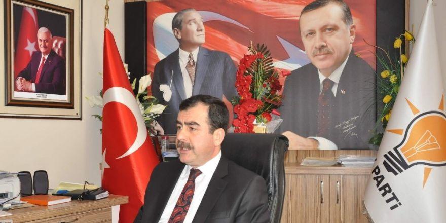 Erdem, Atatürk'e yapılan hakaretleri kınadı