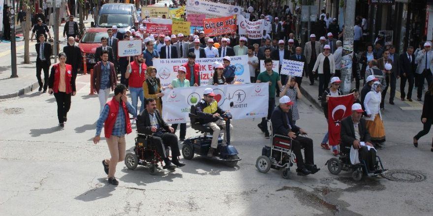 Elazığ'da engellilerden farkındalık yürüyüşü