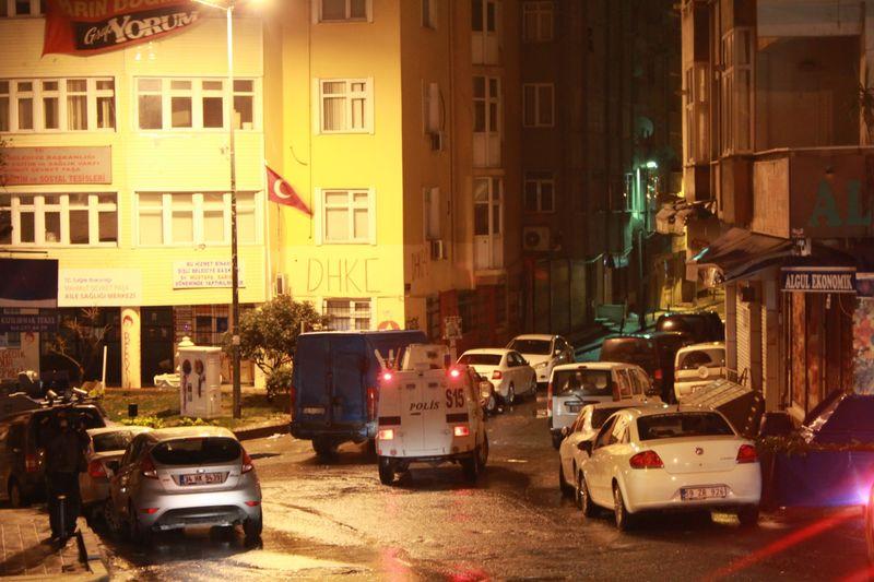 Okmeydanı'nda DHKP-C'ye şafak operasyonu