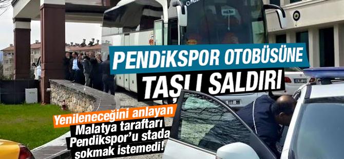 Pendikspor otobüsüne taşlı saldırı