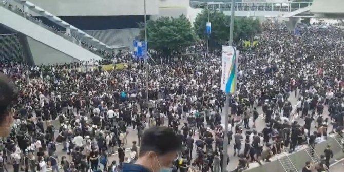 Hong Kong'da 'suçlu iade yasa tasarısı' ile ilgili görüşme ertelendi
