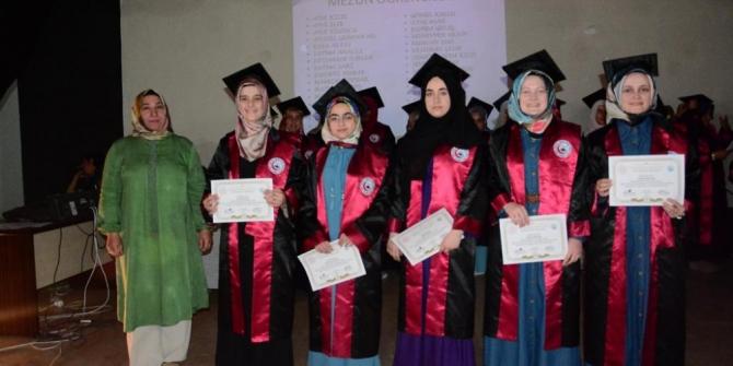 Açık liselilerin mezuniyet heyecanı