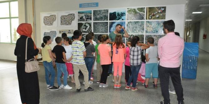 İlkokul öğrencileri Orman Fakültesini ziyaret etti