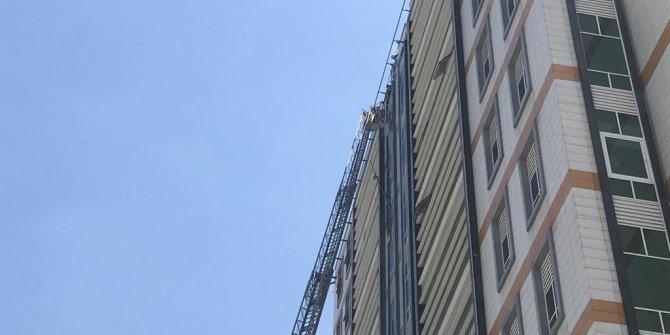 Bahçelievler'de 11 katlı iş merkezinde yangın