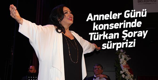 Anneler Günü konserinde Türkan Şoray sürprizi