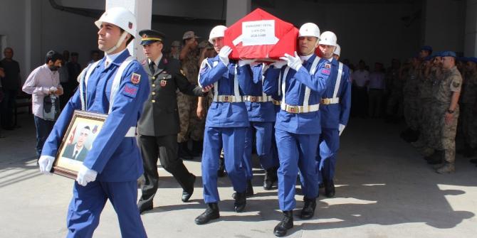 Kazada ölen uzman çavuş ile arkadaşının cenazeleri memleketlerine uğurlandı