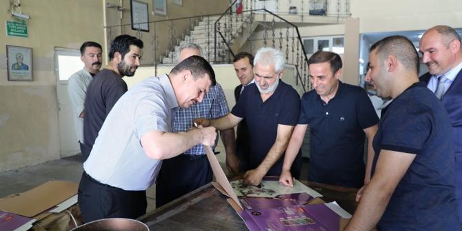Vali Arslantaş, OSB'de incelemede bulundu