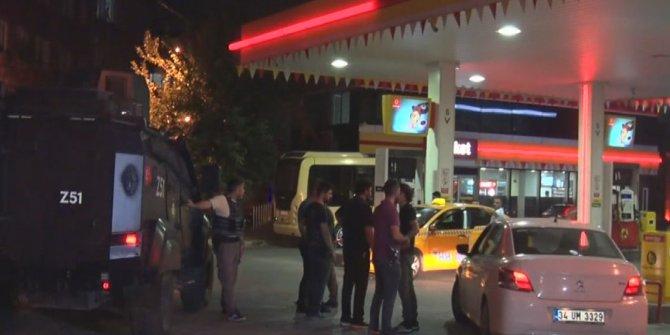 Sultangazi'de maskeli 3 kişi akaryakıt istasyonunu soydu