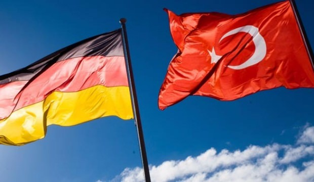 Almanya'da skandal karar! O polis memuru serbest bırakıldı...