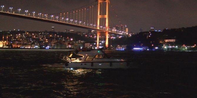 15 Temmuz Şehitler Köprüsü pektus hastalığı için turuncuya büründü