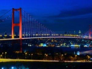 Boğaziçi Köprüsü'nün Aydınlatma sistemi sökülüyor