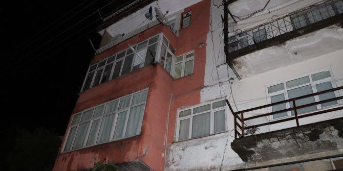 Zonguldak'ta 4 katlı bina heyelan nedeniyle boşaltıldı