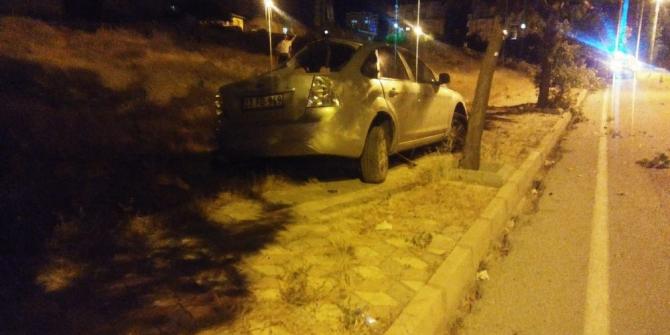 Elazığ'da trafik kazası:1 ölü, 1 yaralı
