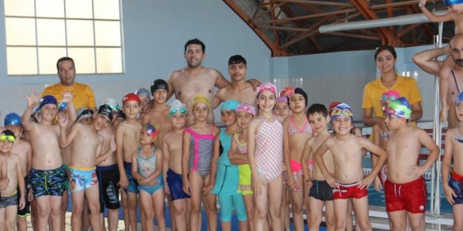 Siirt'te açılan yüzme kursları sayesinde boğulmalar azaldı