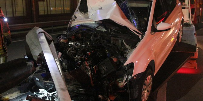 Sarıyer'de kaza: Hurdaya dönen otomobilden yara almadan kurtuldu