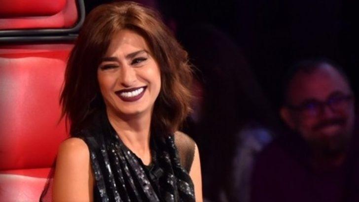 Yıldız Tilbe Harbiye Açıkhava Tiyatrosu'nda ilgi odağı oldu