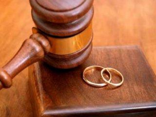 HAKİM, Boşanmak için tecavüzü yeterli görmedi