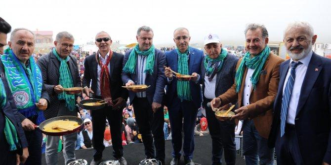 Ovit Yaylası'nda en iyi mıhlama yapmak için yarıştılar