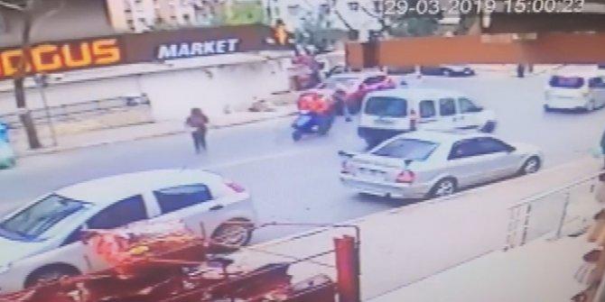 Güngören'de motosikletin kadına çarpma anı kamerada