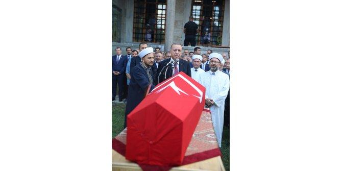 Cumhurbaşkanı Erdoğan Prof. Dr. Dursun'un cenazesine katıldı