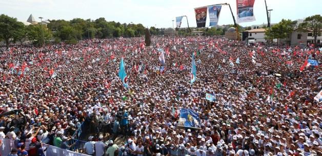 Davutoğlu Finali Konya'da Yapacak