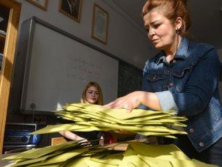Mustafa Sarıgül' bir oyla kaybetti
