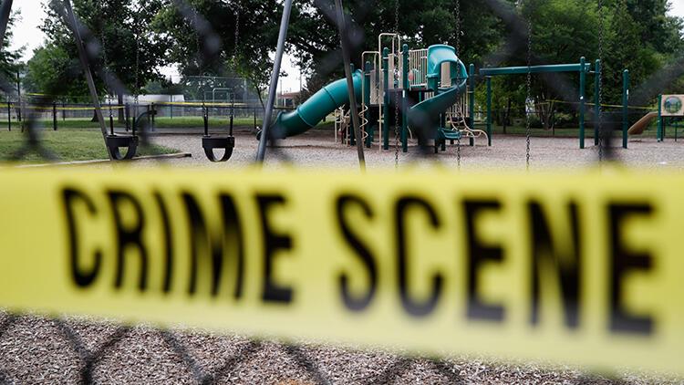 Feci olay! 14 yaşındaki çocuk, ailesinden 5 kişiyi katletti