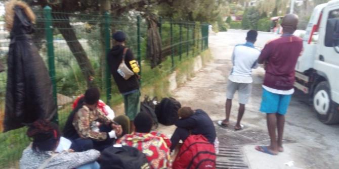 Kuşadası'nda 44 düzensiz göçmen ve 2 organizatör yakalandı