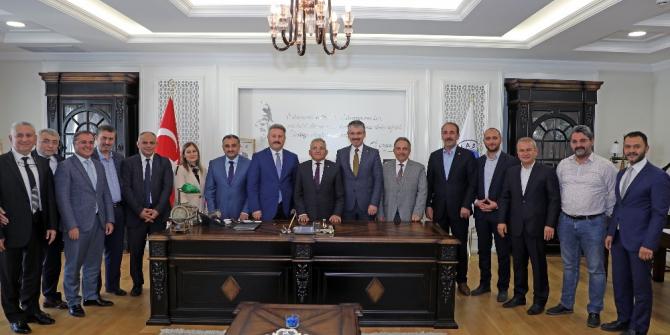 Başkanlardan Mustafa Yalçın'a destek ziyareti
