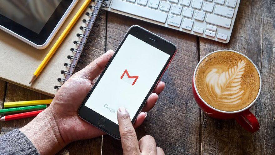 Gmail, iPhone'da resimleri otomatik yüklemeyecek