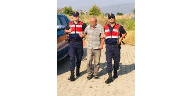 Camiden hırsızlık yapan zanlı yakalandı