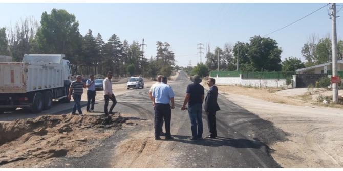Uçhisar Belediye Başkanı Süslü sıcak asfalt çalışmalarını inceledi