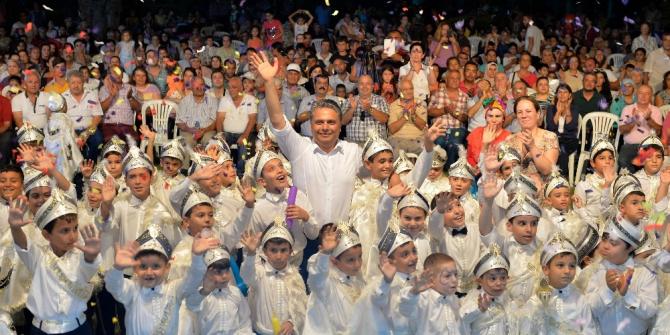 Başkan Uysal Antalyalıları şölene davet etti