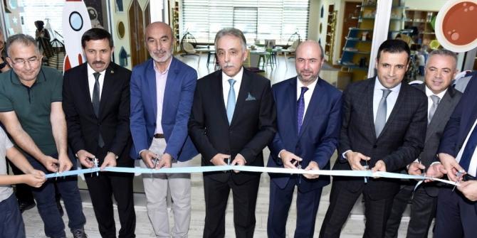 Konya'nın ilk çocuk kütüphanesi Selçuklu'da açıldı