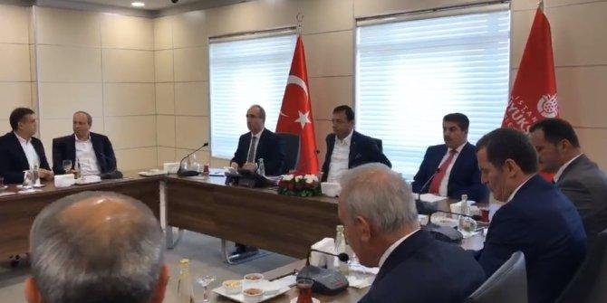 İmamoğlu'ndan ilçe belediye başkanlarıyla toplantı