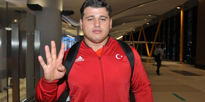Dünya Şampiyonu Rıza Kayaalp Türkiye'ye geldi