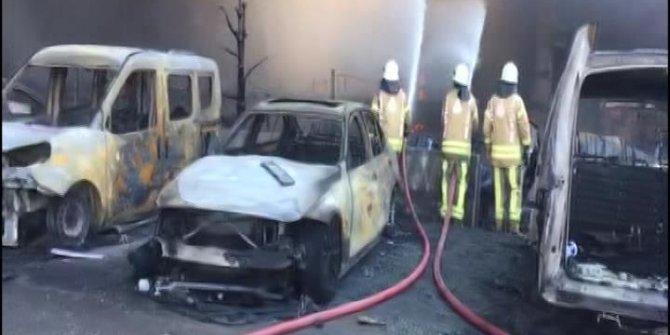 Tuzla'da fabrika yangınında yanan araçların görüntüsü