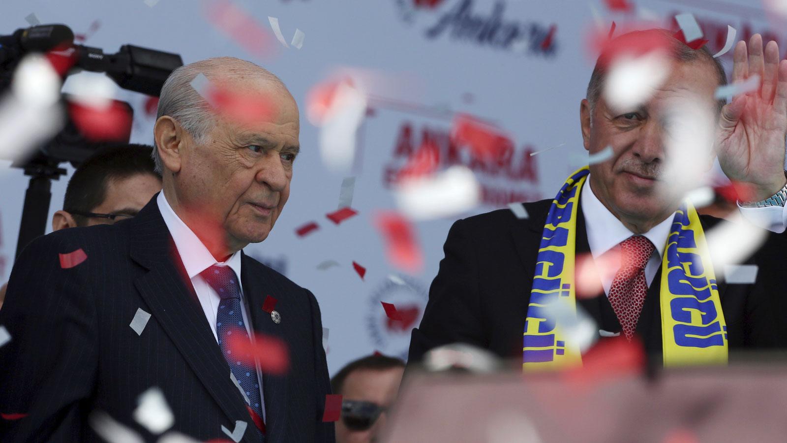 Yeni Yargı Paketi'nde flaş gelişme! AK Parti MHP'ye sundu...