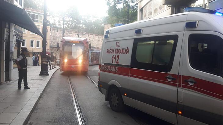 İstanbul Eminönü'ndeki bir otelde çıkan yangın korkuttu
