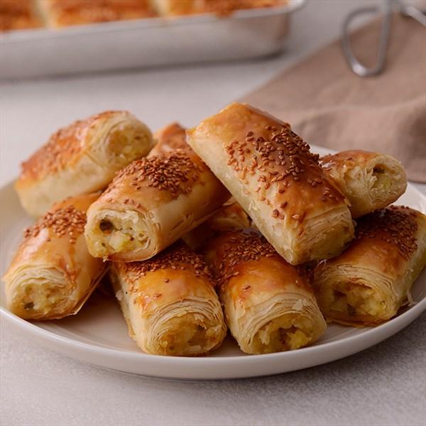 Patatesli Arnavut Böreği nasıl yapılır? Gelinim Mutfakta Patatesli Arnavut Böreği