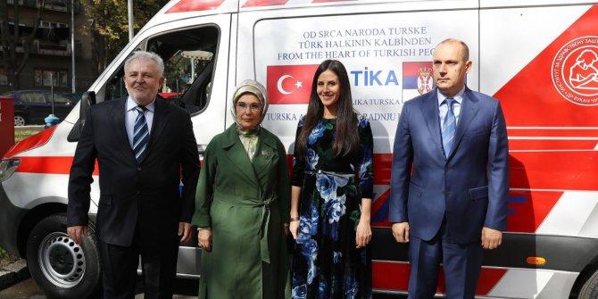 Emine Erdoğan, TİKA tarafından bağışlanan ambulansın teslim törenine katıldı