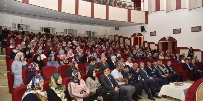 """Tokat'ta, """"Aile Okulu"""" açıldı"""