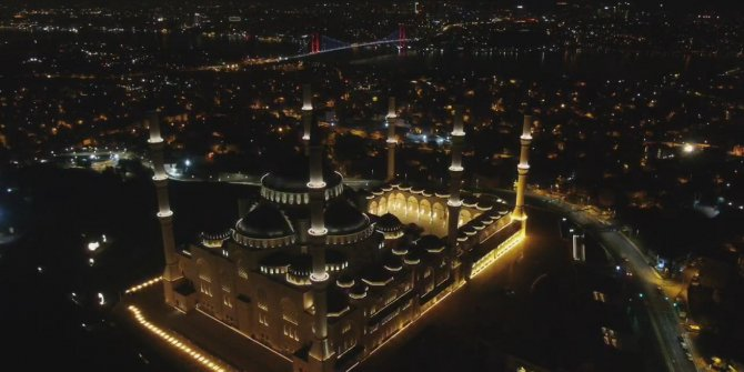 Çamlıca Camii'nde Fetih Suresi okundu