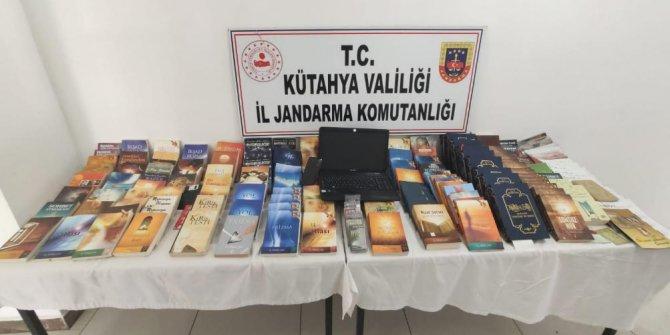 Kütahya'da, samanlığa saklanmış FETÖ dokümanları bulundu