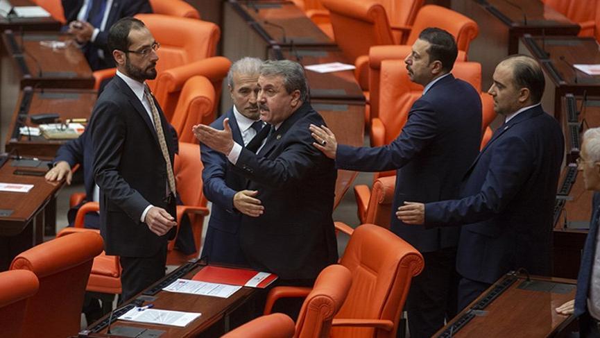 Türkiye Büyük Millet Meclisi'nde gerginlik! Sancar ile Destici tartıştı